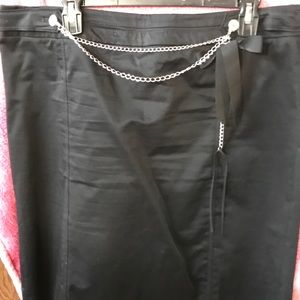 WHBM Black skirt with bow/chain 14
